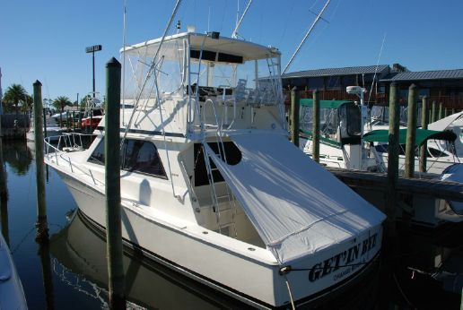1993 Viking Yachts 43 Convertible