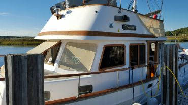 1987 Marine Trader Double Cabin