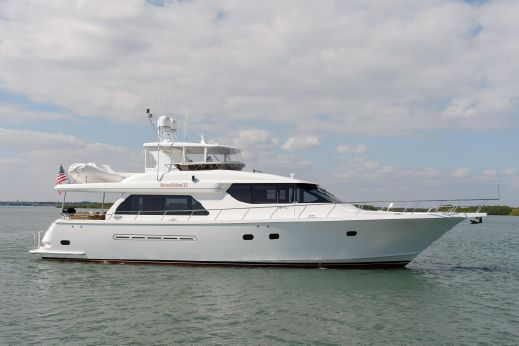 2006 West Bay Motoryacht