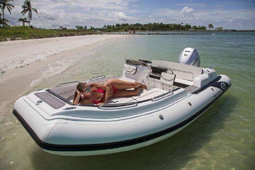 2019 Walker Bay 525DLX