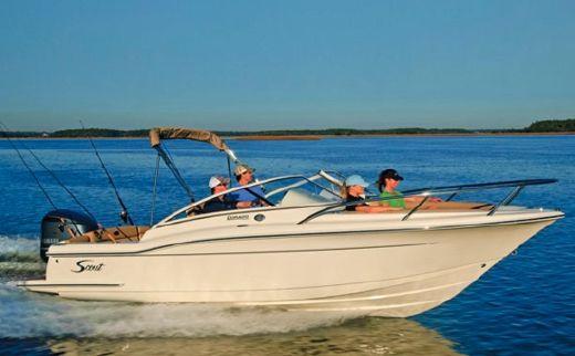 2012 Scout Boats 225 Dorado