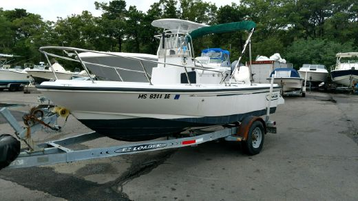 1996 Boston Whaler Outrage 17