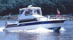 1990 Carver 38 Santego