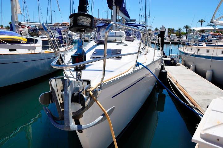 40' Catalina 400-2+Photo 32
