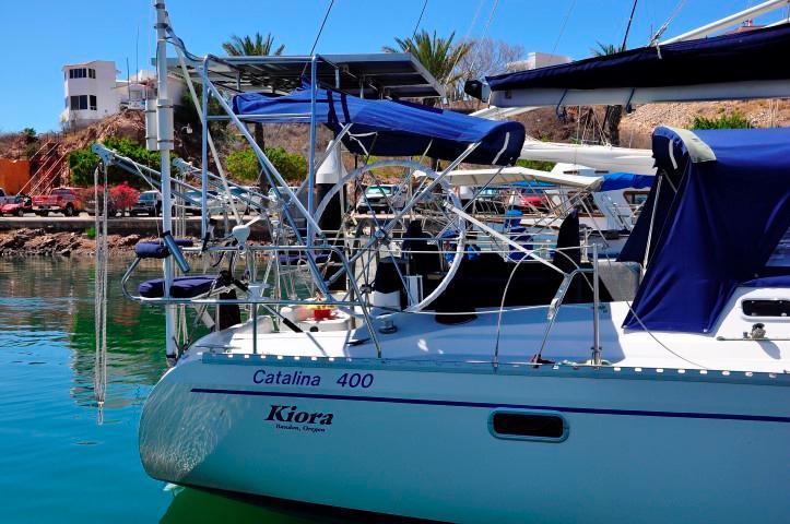 40' Catalina 400-2+Photo 29