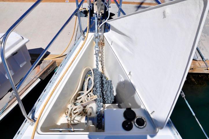 40' Catalina 400-2+Photo 33