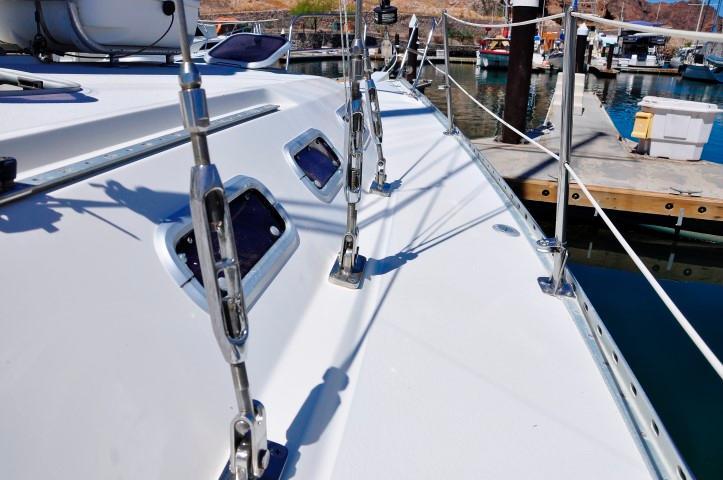 40' Catalina 400-2+Photo 41
