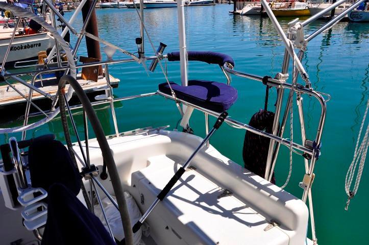 40' Catalina 400-2+Photo 25