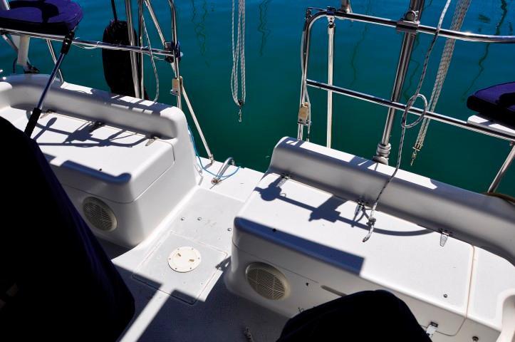 40' Catalina 400-2+Photo 28