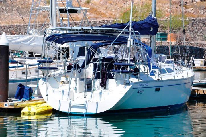 40' Catalina 400-2+Photo 42