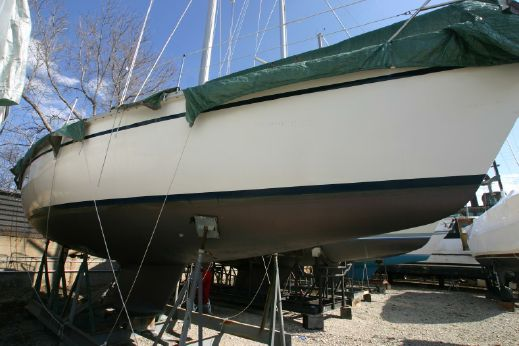 1987 Hunter Marine Legend 37