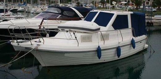 2004 Adria 800