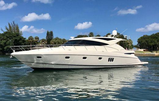 2011 Riviera 5800 Sport Yacht