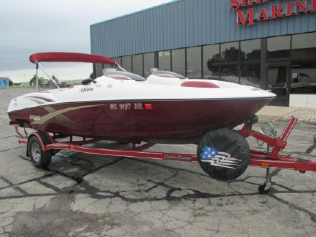 2003 Yamaha Sport Boat LX 210