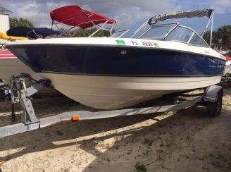 2007 Bayliner 215 Bowrider Discovery