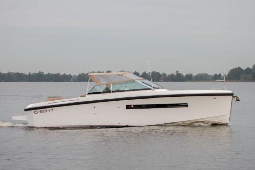2015 Delta 33 Coupe