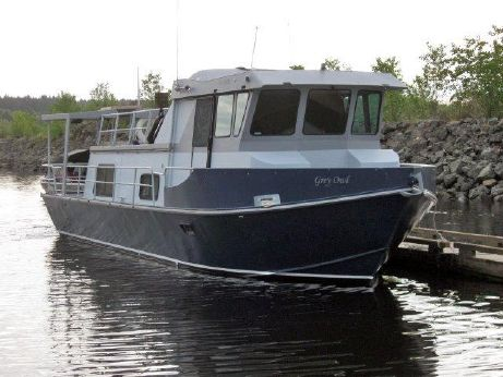 1973 Custom 37 Cruiser