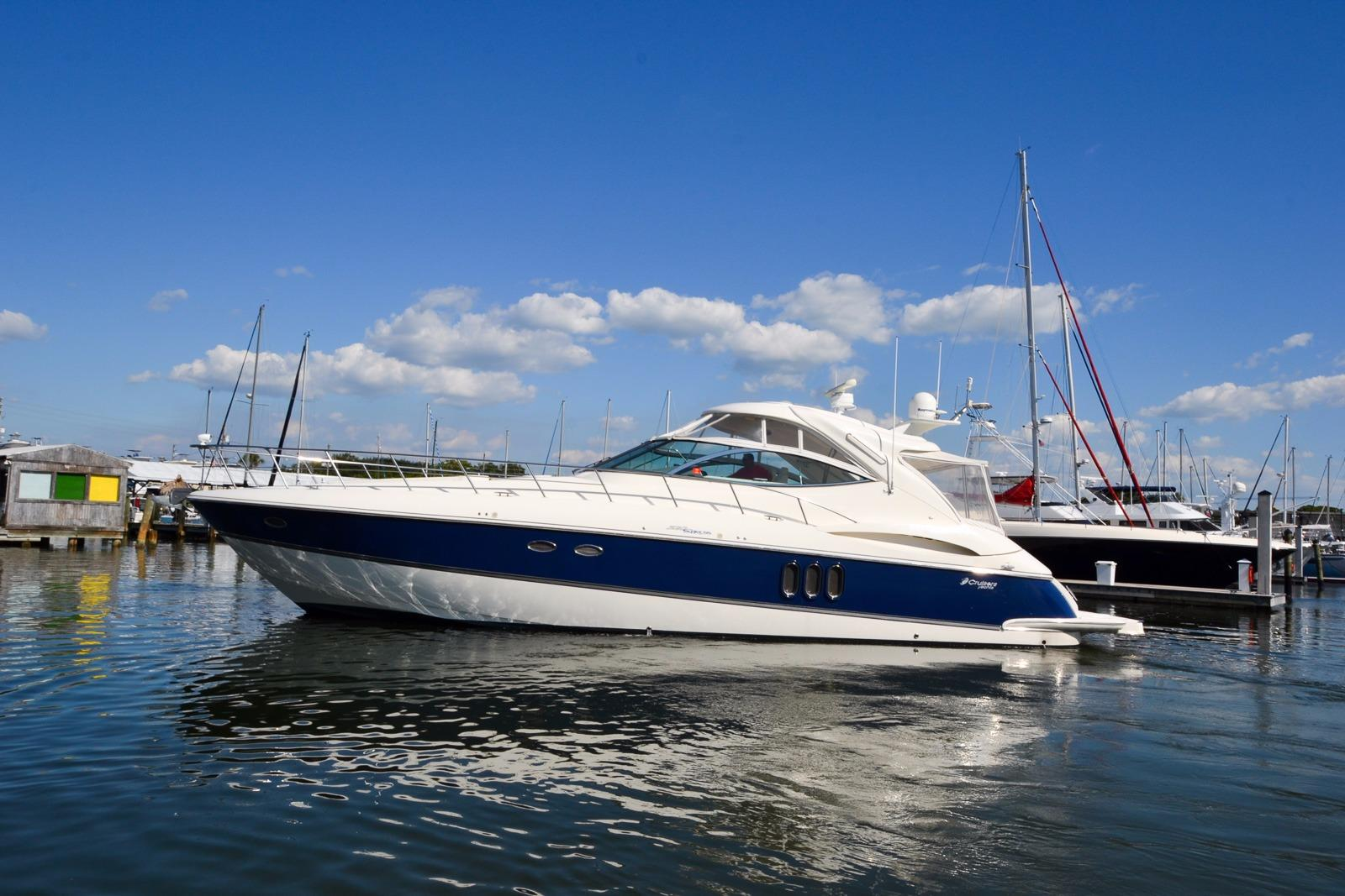 Cruisers Yachts 520 Express For Sale Yachtworld Uk