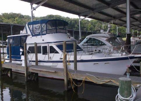 1986 Jefferson 42 Sundeck Motor Yacht