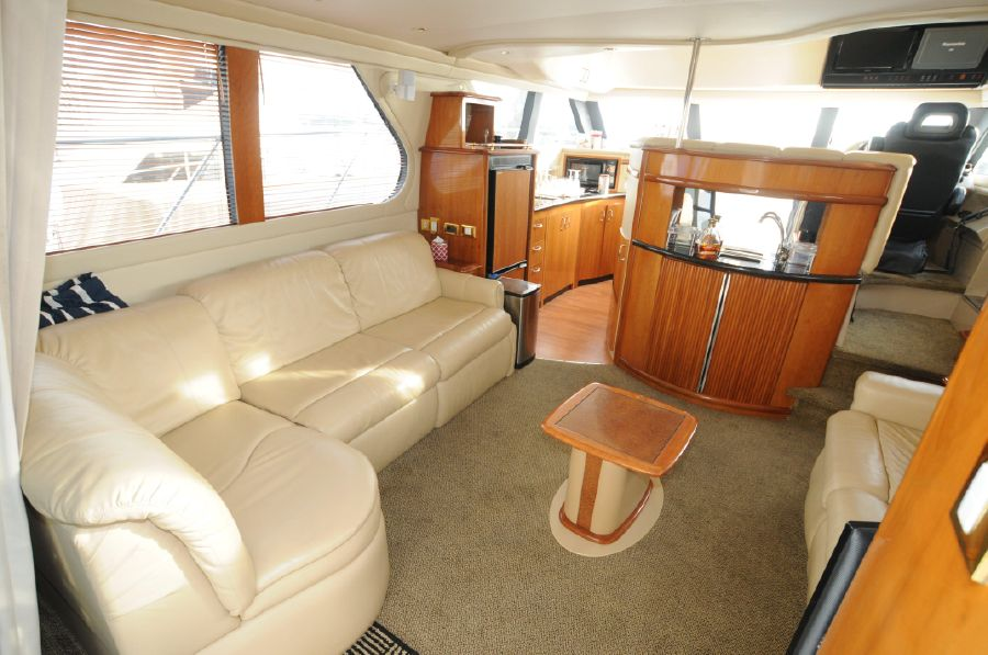 Carver 450 Voyager Pilothouse for Sale