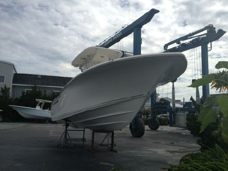 2015 Key West 244 Center Console
