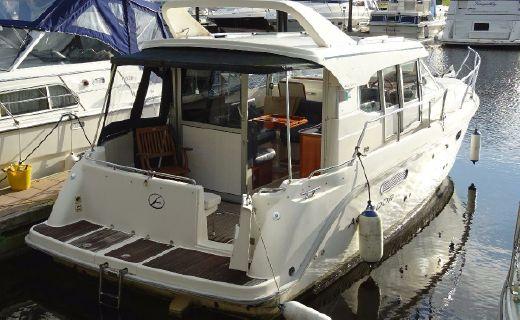 1999 Aquador 32 C