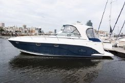 2006 Rinker 360 Express Hardtop Blue Gelcoat