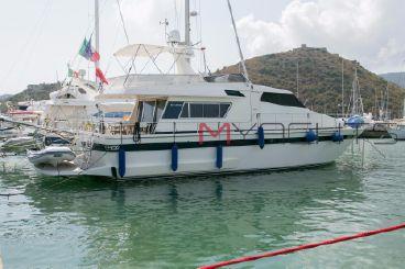 1990 Sanlorenzo 57