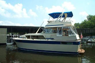 1984 Chris-Craft 410 Commander