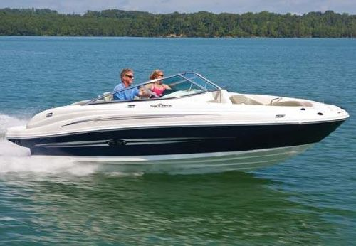 2011 Sea Ray 200 Sundeck