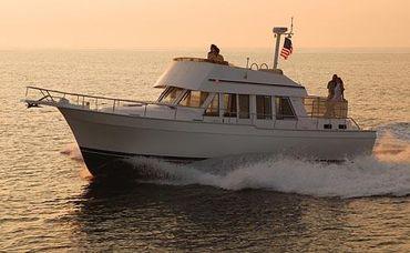2005 Mainship 43 Trawler