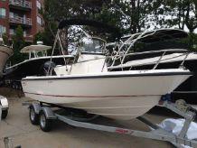 2015 Boston Whaler 190 Outrage