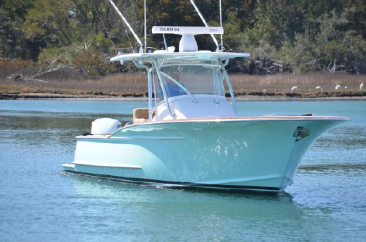 2015 Winter Custom Carolina 28 CENTER CONSOLE