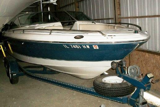 1996 Sea Ray 210 Signature Bow Rider