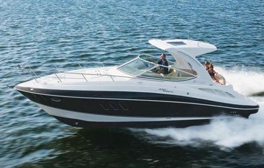2010 Cruisers Yachts 330 Express