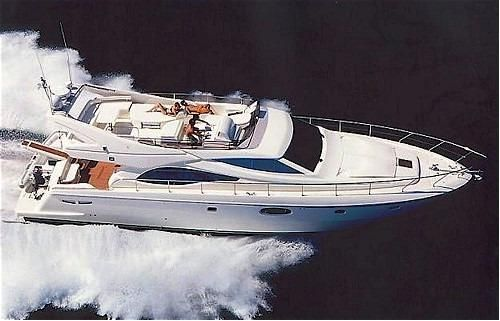 2004 Ferretti Yachts Ferretti 590