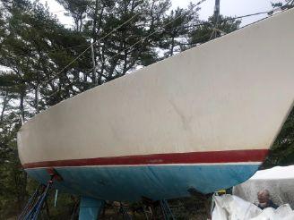 1981 J Boats 36