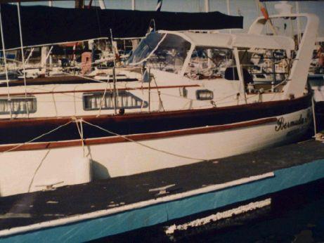 1988 Formosa 42 Cutter