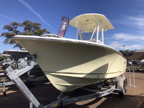 2018 Sea Hunt Ultra 225