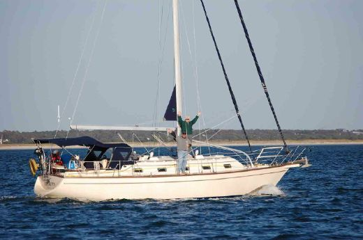 2000 Island Packet Yachts ISLAND PACKET 380