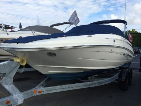 2012 Sea Ray 220 Sundeck with Trailer - Certified Preowned