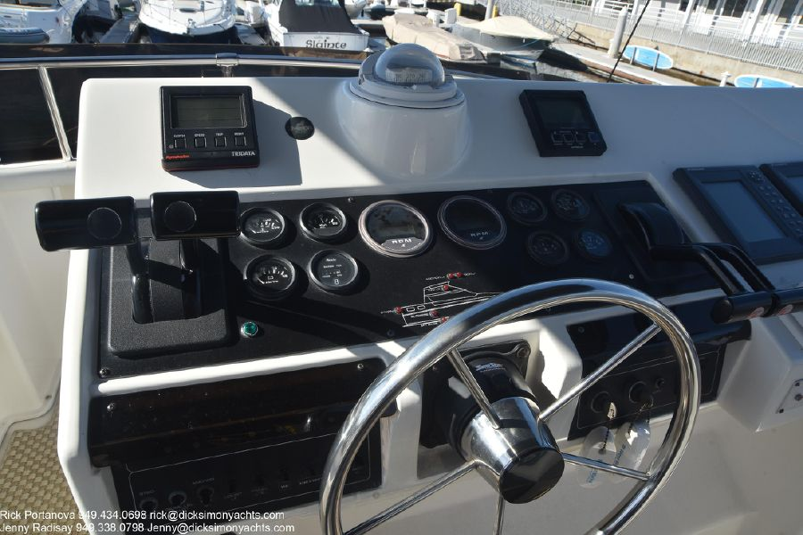 photo of Silverton Motor Yacht