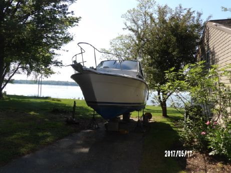 1994 Carver 280 Mid Cabin Express