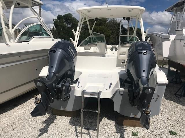 2018 World Cat 230 SD Power Boat For Sale - www yachtworld com
