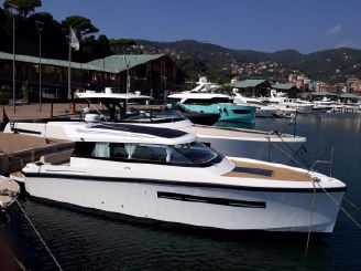 2018 Delta Powerboats Delta 33 Coupé