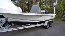 2005 Sea Pro SV1900CC Bay Boat