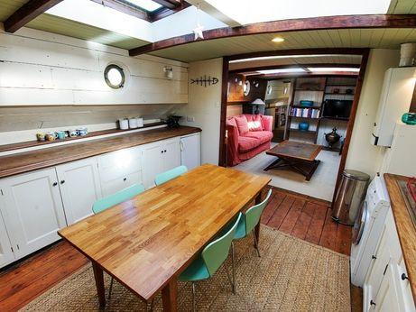 1920 Dutch Barge 26.5m
