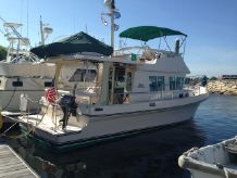 2005 Albin 36 Express Trawler & 10.5' Zodiac inflatable w/ 8hp Tohatsu 4 stroke OB
