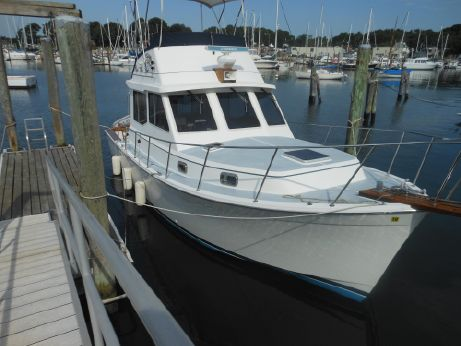 1989 Cape Dory Flybridge Cruiser
