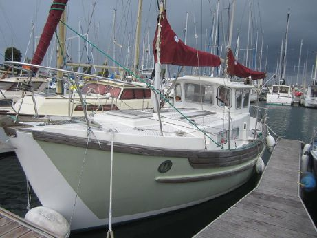 1977 Fairways Marine Fisher 25